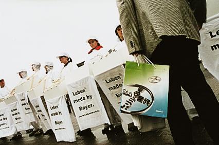 Protest vor der Hauptversammlung.